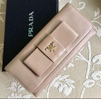 🚚 Authentic Prada Saffiano Bow Long Wallet in Cammeo
