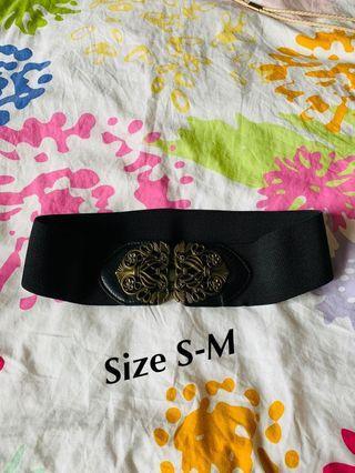 Fashion belt lot