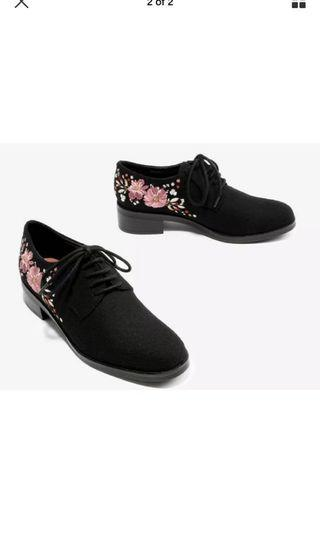 charles and keith autumn oxford lace up shoes black