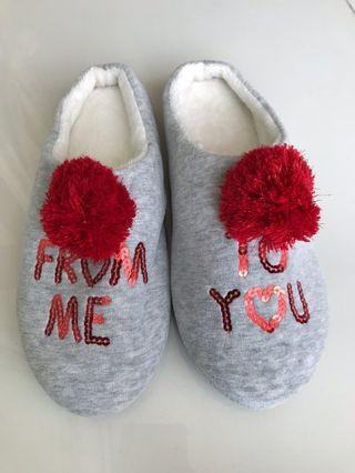 Pom Pom sequinned slippers