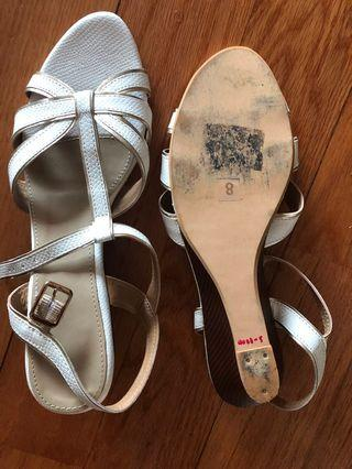 Size 38 pure leather sandals