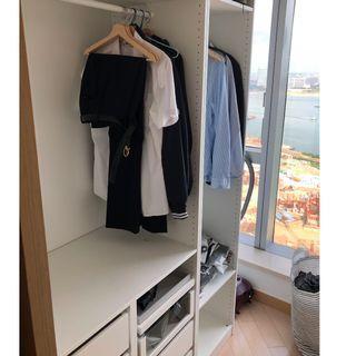 Closet / wardrobe pickup for free!