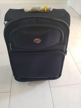 "Cabin Luggage (20"") American Tourister"