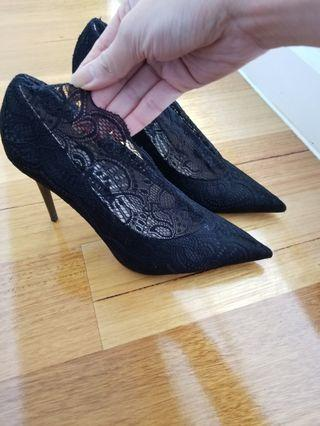 NEW Zara black lace heels size 39