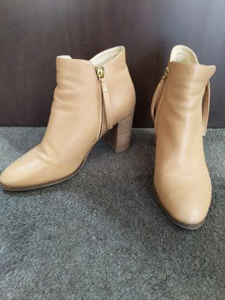 Jo Mercer Tan Ankle Boots size 41