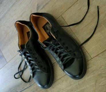 Men's Size 11 Genuine Leather Shoes