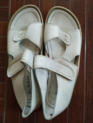 sepatu sandal haji uk 38