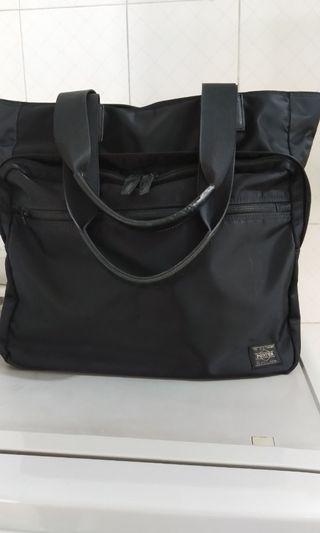 Yoshida Kaban Porter 黑色手提袋