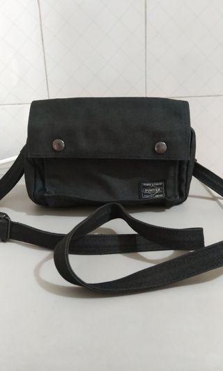 Yoshida Kaban Porter 黑色小型斜背包