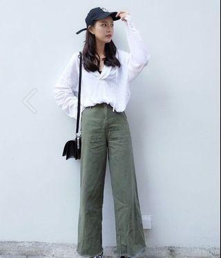 軍綠直筒寬褲/後鬆緊