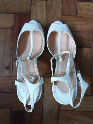 17a98ef7697 christian louboutin heels | Design & Craft | Carousell Philippines