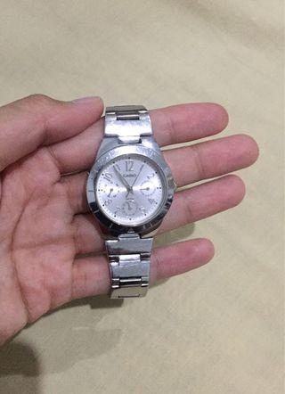 Jam Casio - Silver