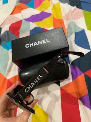 正品Chanel 烏木珍珠貝母太陽眼鏡