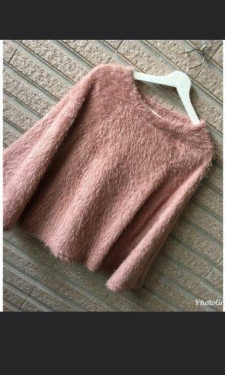 🚚 粉色斗篷式顯瘦毛衣