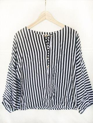 🚚 Striped Blouse Black and White