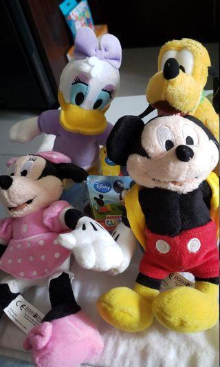 一套四隻 Disney Mickey minnie 高菲狗