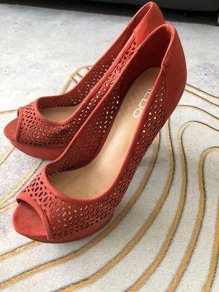🚚 Aldo Heels in Coral