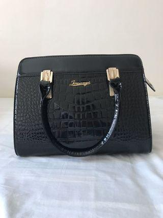 Brand New Women Handbag