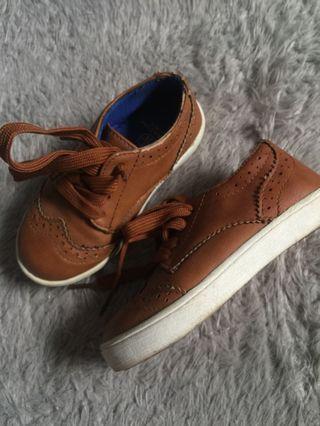 Sepatu Mothercare size 24