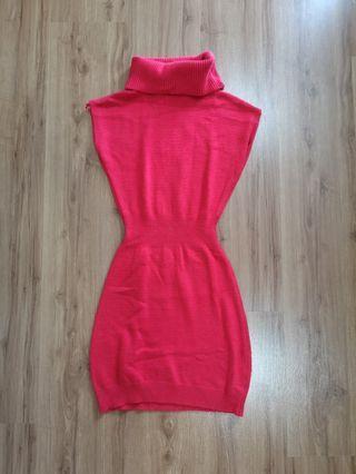 Voir Red Dress