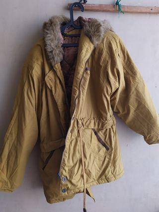 Jaket hangat musim dingin