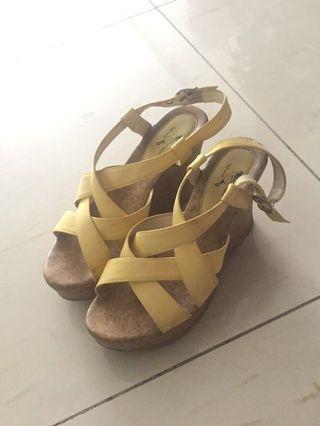 8成新 露趾粉黃高跟鞋 7cm