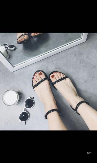 Jelly Studs/Buckle Sandals (Black)