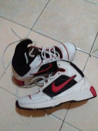 Sepatu Nike Dual Density