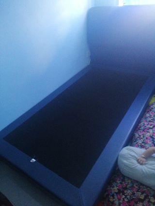 Super single bedframe