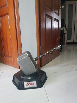 Thor 1:1 mjolnir