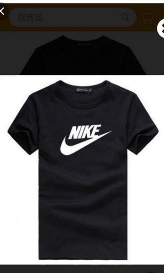 Nike 短袖上衣 T-shirts