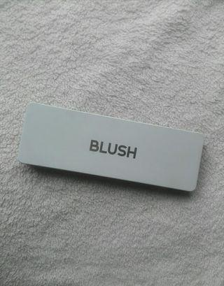 Guardian Make Me Up Blush Palette