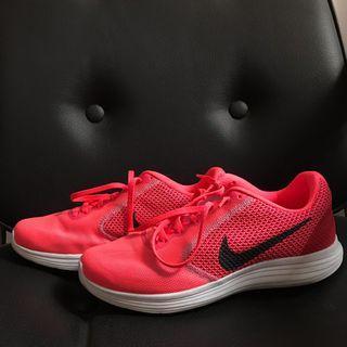 Nike Revolution 3 Original