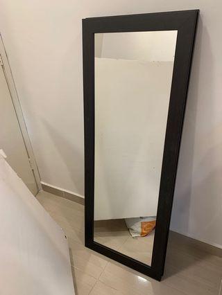 Wood mirror - no bargain ( cash & carry ) cheras c180