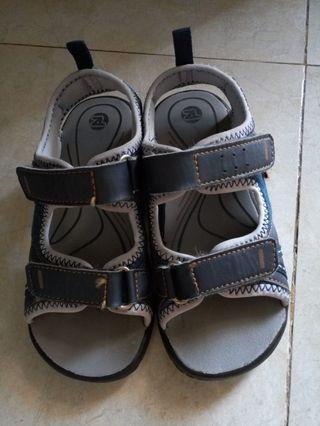 Oskosh sandal