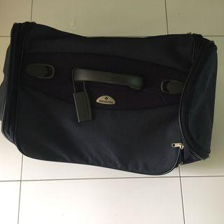 🚚 Samsonite luggage bag
