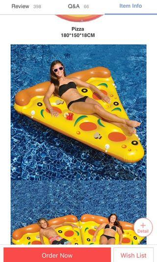 🚚 Pizza float