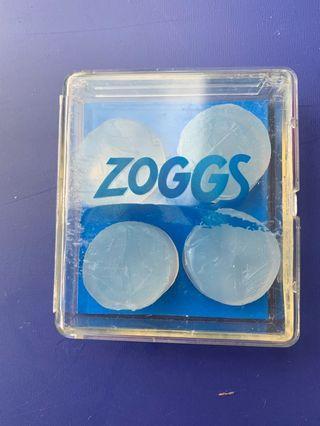 Zoggs Swimming eat plugs