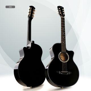 🚚 Acoustic Guitar brand new with free gifts!