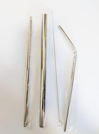 Reusable metal straw set (3 straws , 1 cleaner) #AnywhrCarousell