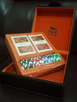 MGM美高梅-禮盒啤牌連籌碼套裝