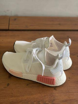 🚚 Authentic Adidas NMD R1 White/Pink