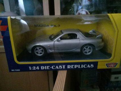 Diecast Mazda RX 7 FD 1/24
