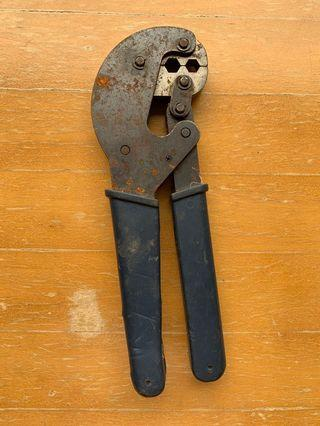 cable harness tool