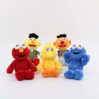 🚚 Sesame Street x Kaws