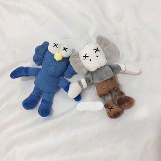 🚚 Sesame Street x Kaws keychain