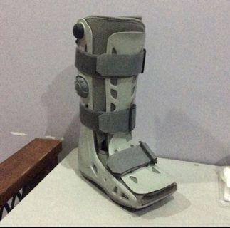 Aircast Walker / Orthopedic Shoes