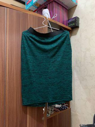 Rok Hijau P&B / skirt casual