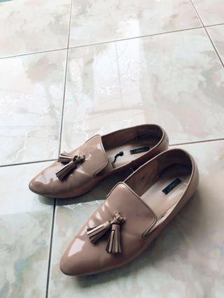 Sepatu manggo