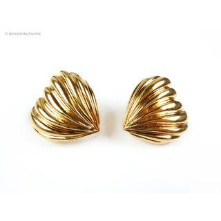 Vintage Avon Chunky Heart Clip Earrings, er1823-c